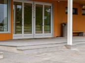 Pesubetoonist trepikatteplaatide valmistamine ja paigaldus