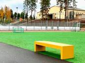 7.36 - värvikad silebetoonist pingid Soomes