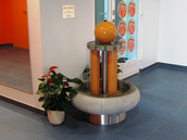 Purskkaev Saue Noortekeskuse fuajees