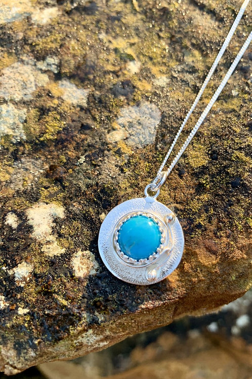 Turquoise crown pendant