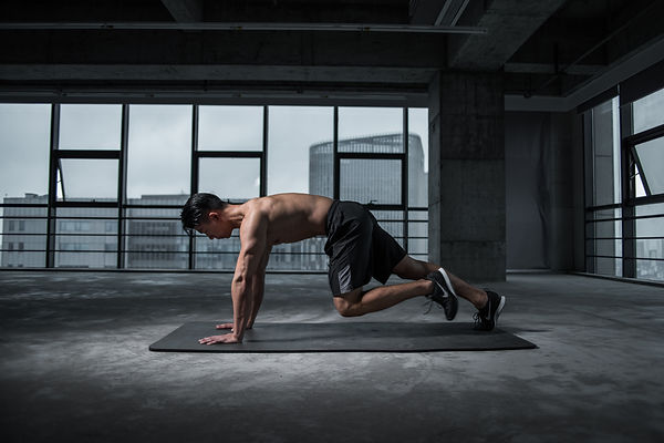 man-working-out-2294361.jpg