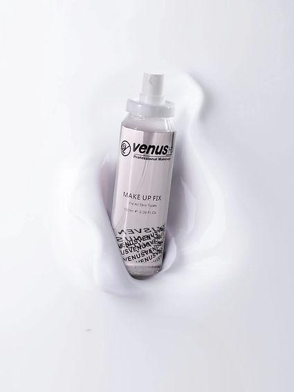 photo-of-spray-bottle-2587176.jpg