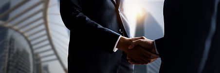 business-people-shaking-hands-close-up-h