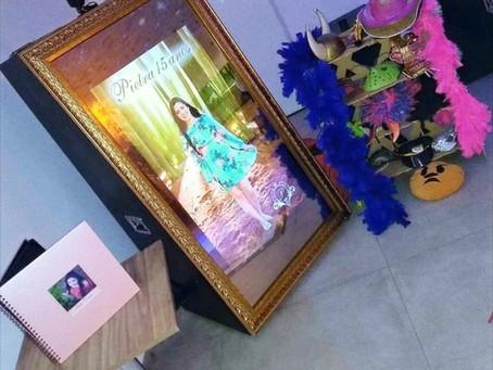 4 razões pelas quais seu evento precisa de um espelho mágico de fotos!