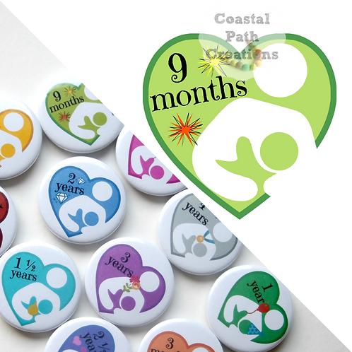 9 Months - Milestone (badge/keyring/magnet)