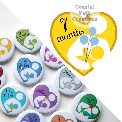 7 Months - Milestone (badge/keyring/magnet)