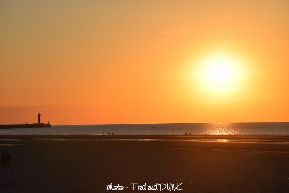 Coucher de soleil sur le feu de Saint Pol