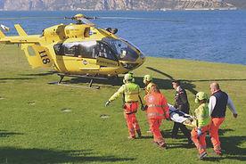 Equipe de resgate de helicóptero