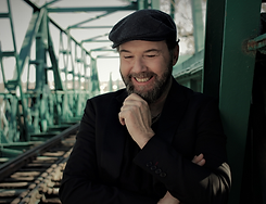 PAOLO VALLESI.png