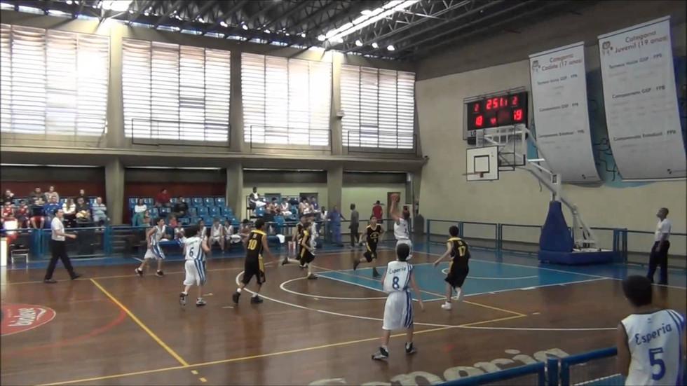 CLUBE ESPERIA SELECIONA ATLETAS DE BASE