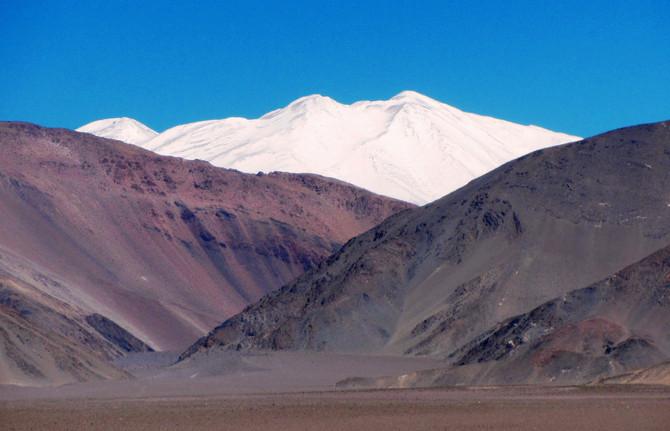 Primera Invernal al Nacimiento (6460 m)