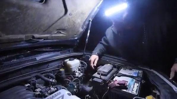 ONE80ライトで自動車整備