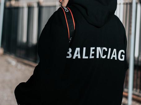 🎉 BALENCIAGA ET ALEXANDER McQUEEN ARRÊTENT LA FOURRURE