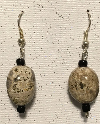 E-200037 Brown speckled glass 2 small black bead earrings