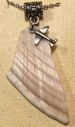 NS-180068 Sea Shell necklace with small plane.