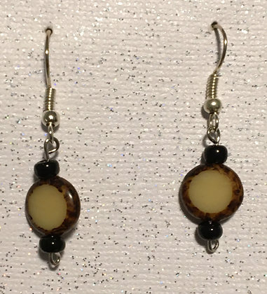 E-200041 Brown with small black beads