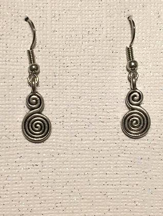 E-200022Tiny silver swirl earrings