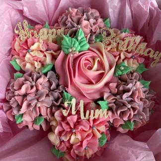 Happy Birthday Mum Bouquet