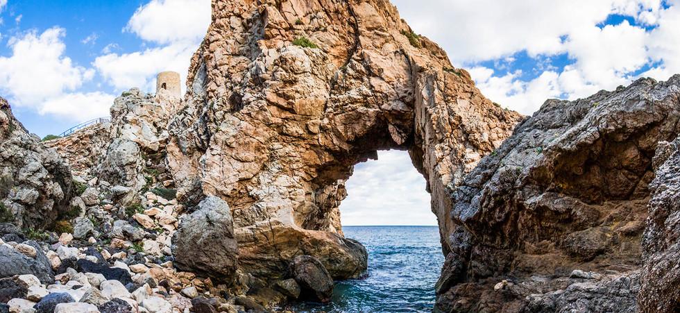 tunel de roca.jpg