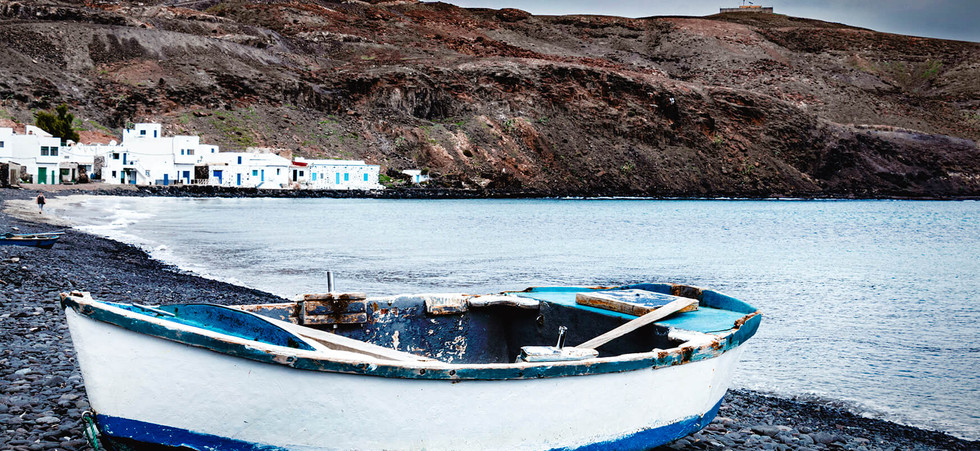 Spain - Fuerteventura, calm by the shore