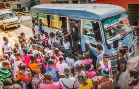 Almuerzo Solidario - Todos al bus comand