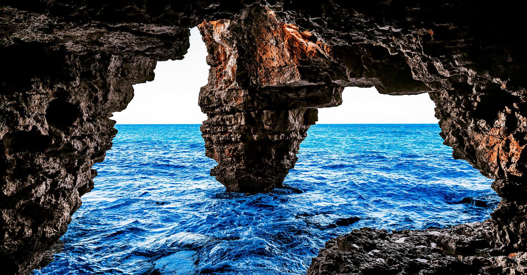 Spain - Cova dels Arcs