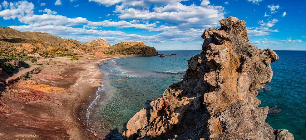 playa de colores desde alto.jpg