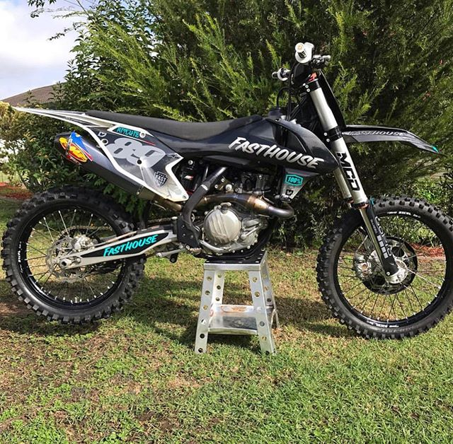 _benji_60's KTM450SX-F with a full custo