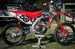 _danethompson59's CRF looking 🔥 ready f