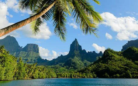 We Want To Send You To French Polynesia With Seabourn!