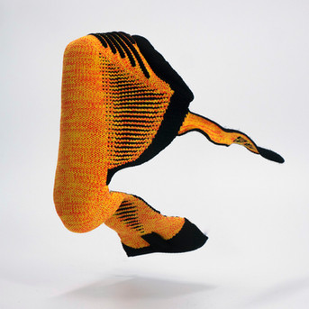 Kid shoe, self assembling