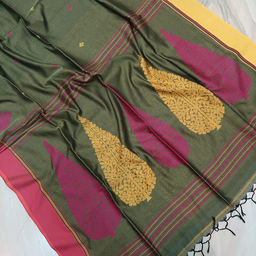Khadi Handlooms