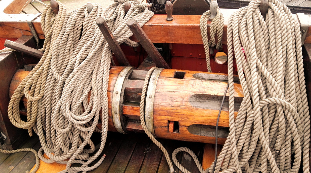 The Pirates Experience anchor lifter