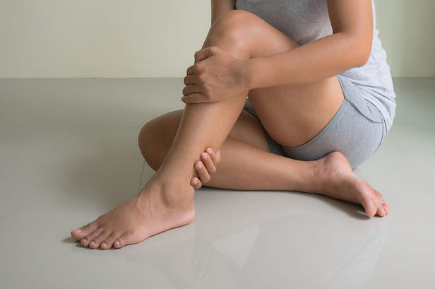 Female-Leg-Pain-shutterstock_596308355-e
