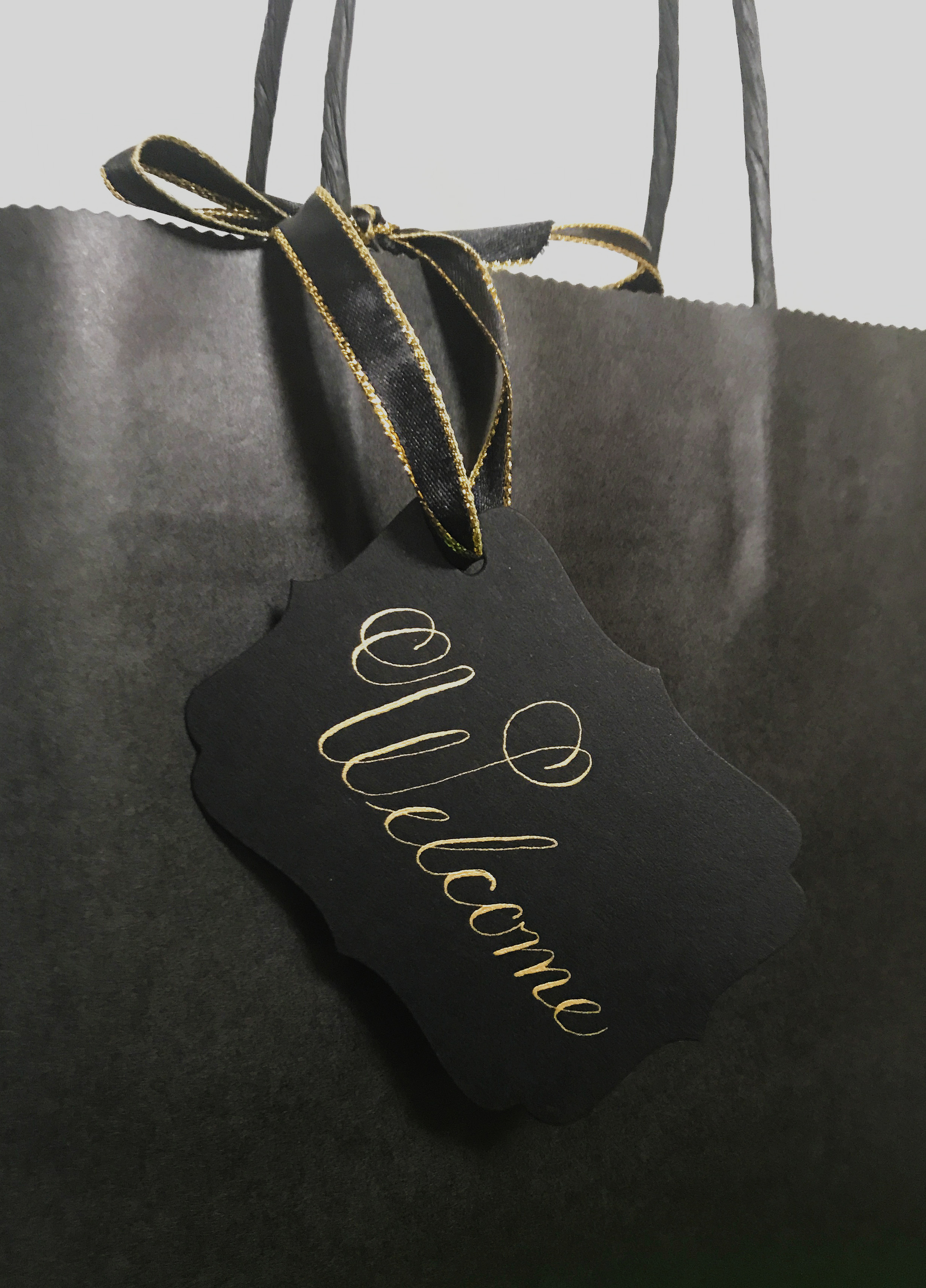 Black and Gold Welcome Tag