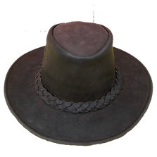 Chapeau cuir.png