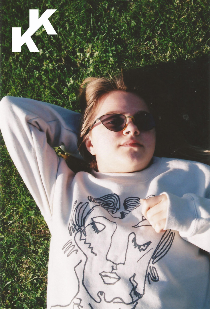 ,,sHeisfine'' Sweatshirt campaign.jpg
