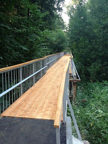 строительство деревянных мостов через реку