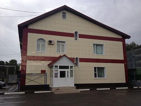 недорогая отделка фасада частного дома