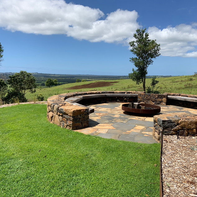 In-built fire pit with ample seating