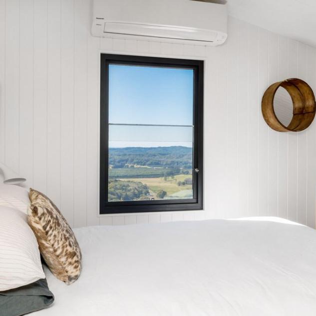 Hogan's Hut bedroom
