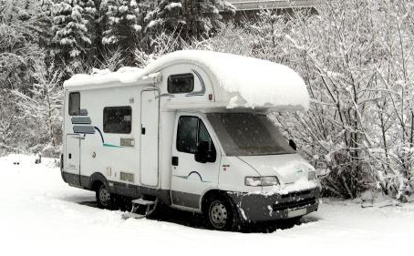 Vinterlagring av båt, campingvogn og bubil