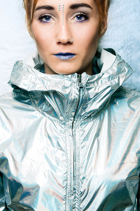 silvia peyret, fashion,fashionism,futurist,futurista,moda,retrato,portrait,portraitphotography,model,blueeyes,popularpic,woman,girl,teenager,maria peyret