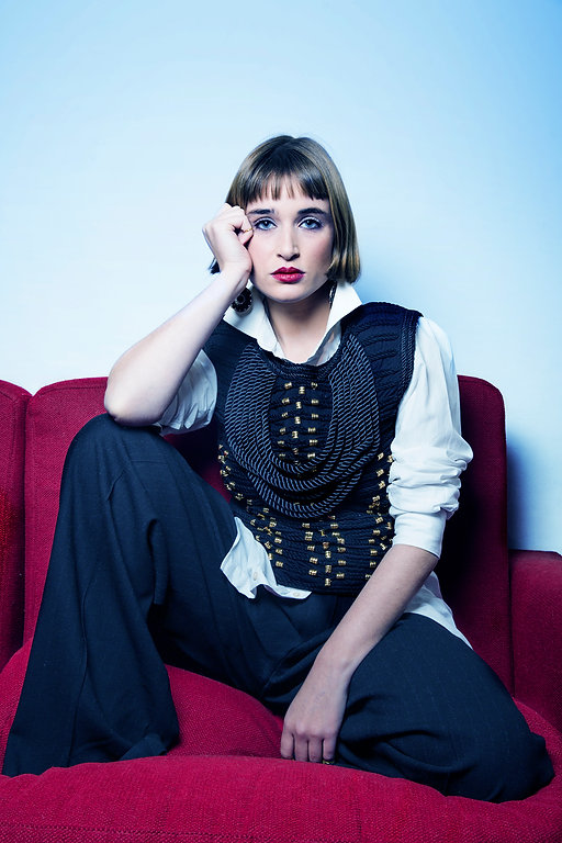 fashion,fashionism,editorial,editorialphotography,blueeyes,moda,girl,beautiful,contrast,portrait,portraitphotography,mariapeyret,magazine,vintage,cool,pretty,retro,umathurman