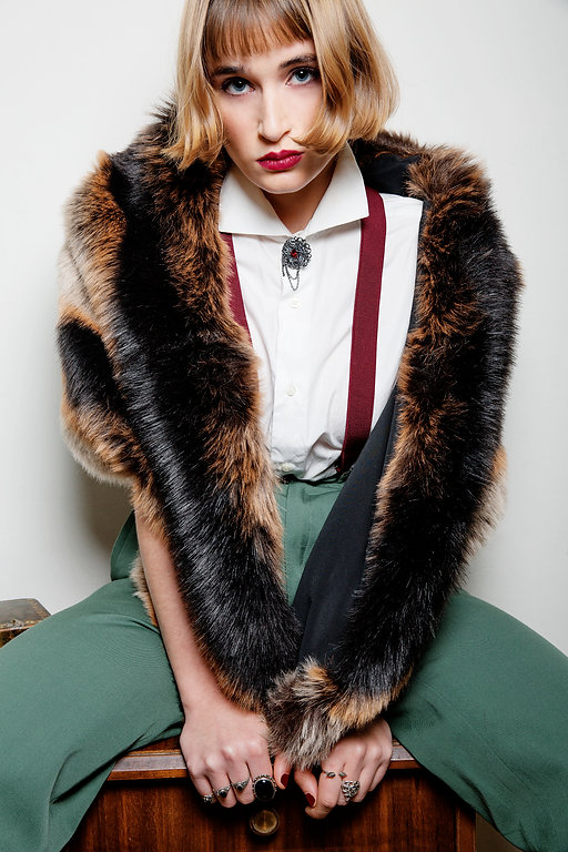 fashion,fashionism,editorial,editorialphotography,blueeyes,moda,girl,beautiful,contrast,portrait,portraitphotography,mariapeyret,magazine,vintage,cool,pretty,retrato,zara,adrianadebordeaux,tomboy,cool,tirantes,pelo