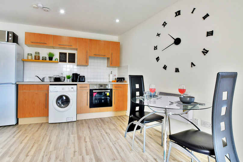 12 living and kitchen 2.jpg
