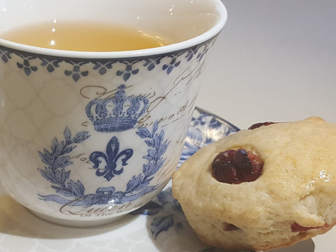 Tea & freshly baked scones!