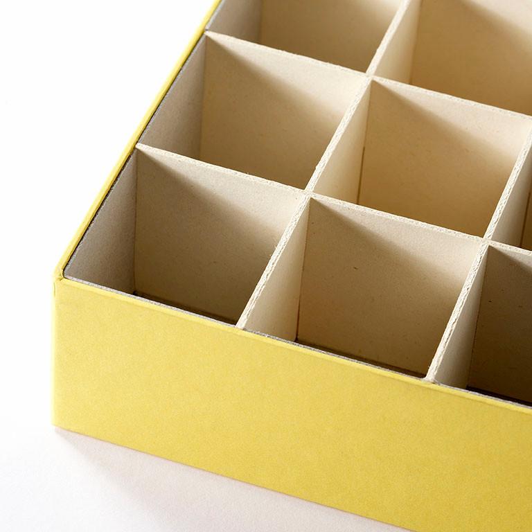 Gitterfacheinlage aus Karton
