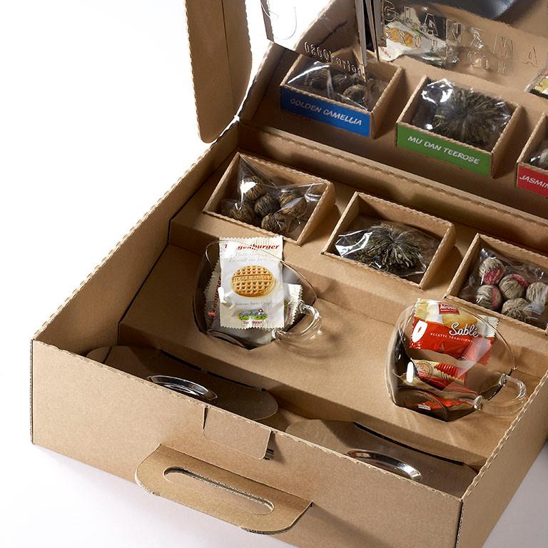 Geschenkkoffer aus Wellkarton, Kundengeschenk