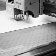 Mit dem Plotter hergestellte Prototypen aus Karton